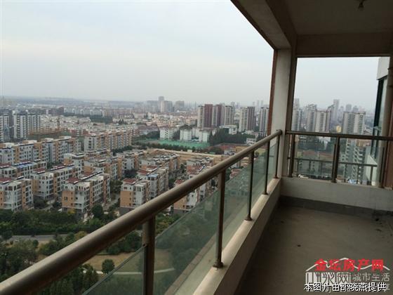 美丽华公寓新空毛坯22楼123平空中花园