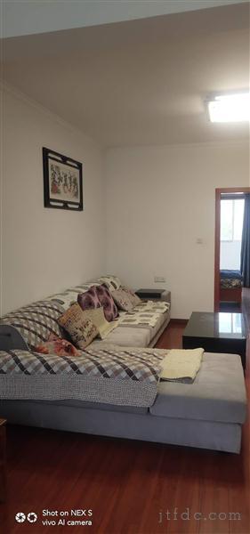 春风三村3.5楼88平二室二厅有库11平东西齐全69.8万