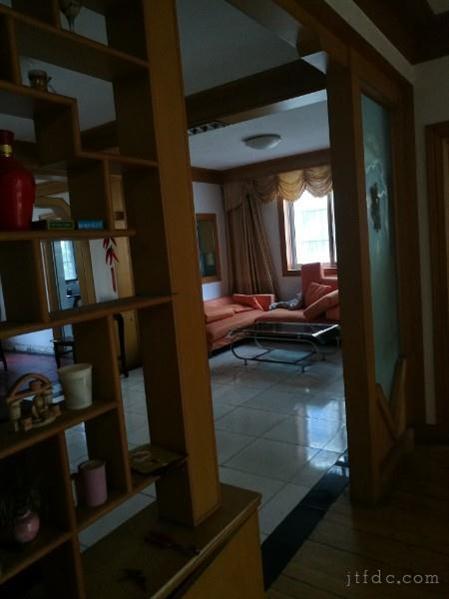 华城二村2楼室2厅有车库