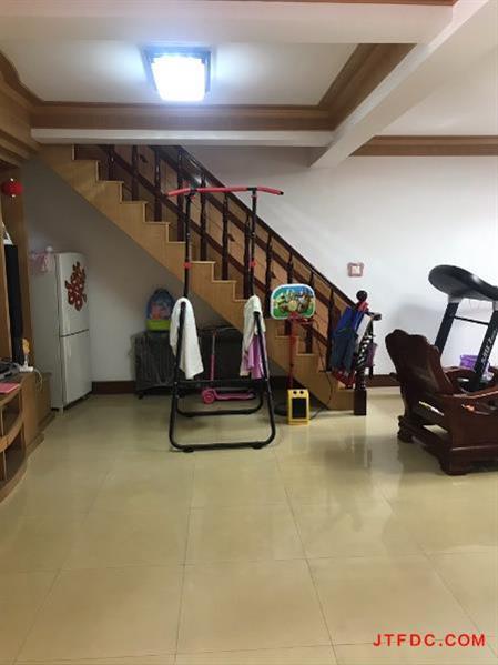 上庄农民公寓精装4房/2厅/2卫朝南好房78万