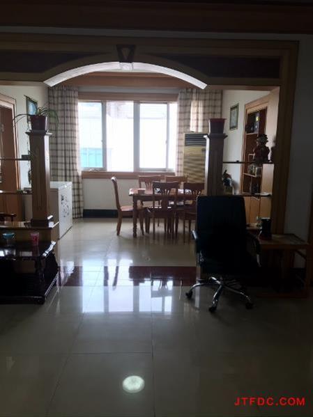 上庄农民公寓全装4房/3厅/2卫朝南好房79.8万