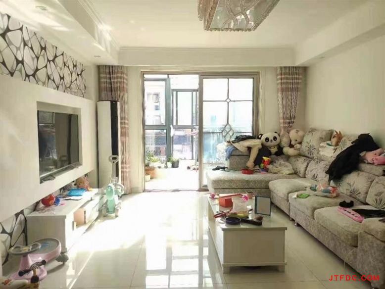 翠堤湾花园三期多层3楼(2.5楼)面积96平3室2厅1卫满两年居家装