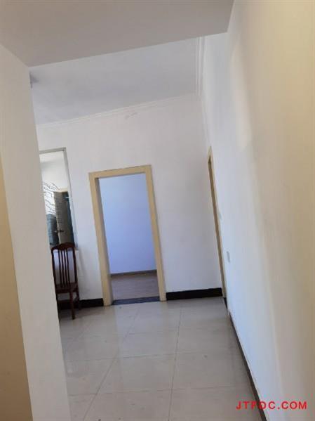 文化一村5楼2室1厅新装、干净整洁、家电家具齐全拎包即住900元/月
