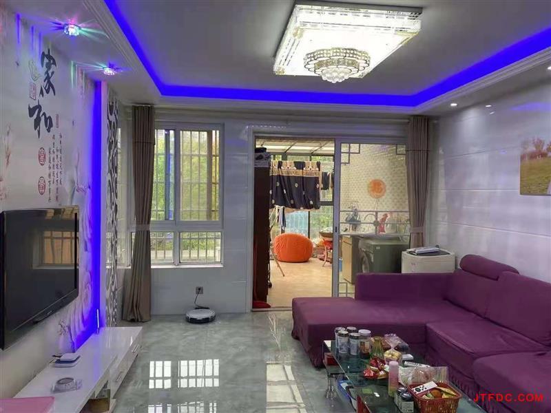 翠堤湾花园三期,纯2楼,106平,3室2厅1卫,现代装修,赠送阳光房17平,采光
