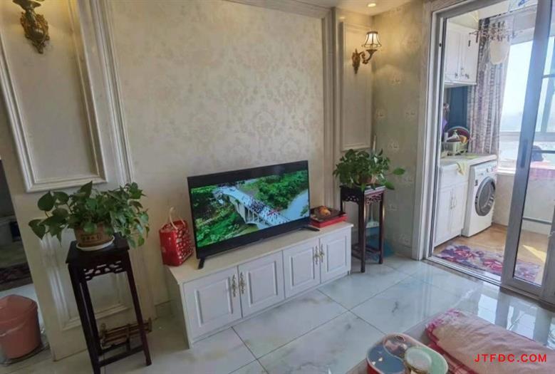 恒联国际玉山花园16楼,80平方,经典小两室,现代婚房,全屋中央空调,高档家具,