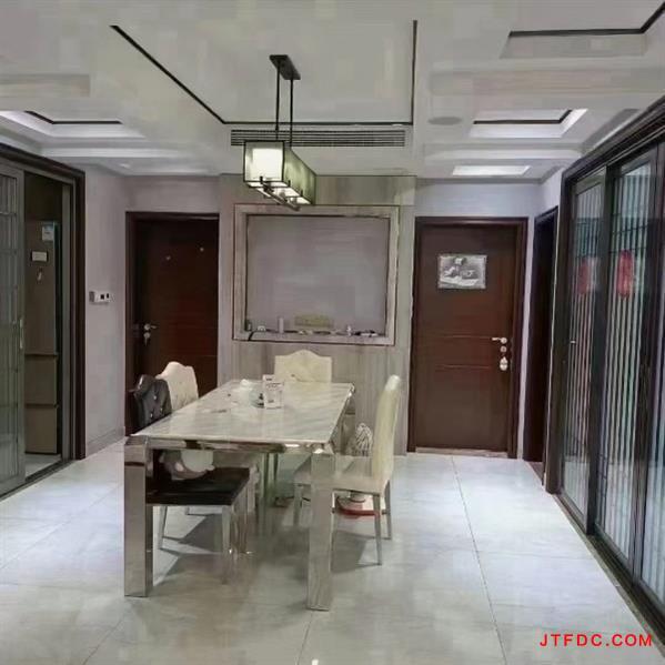 急卖金海湾公馆电梯3楼东上首173平,高挡装修中央空调,家电家具全留,五室二