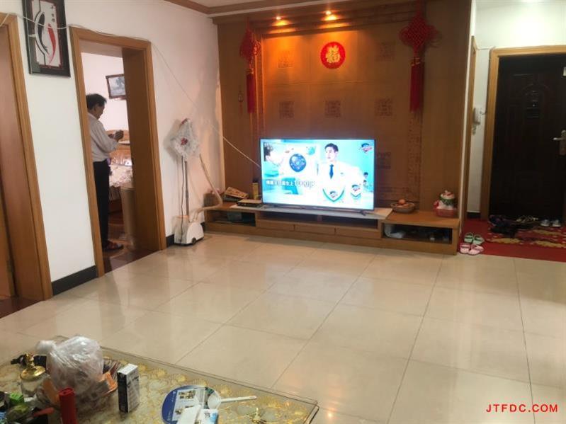 上庄农民公寓精装3房/2厅/1卫朝南好房71.8万