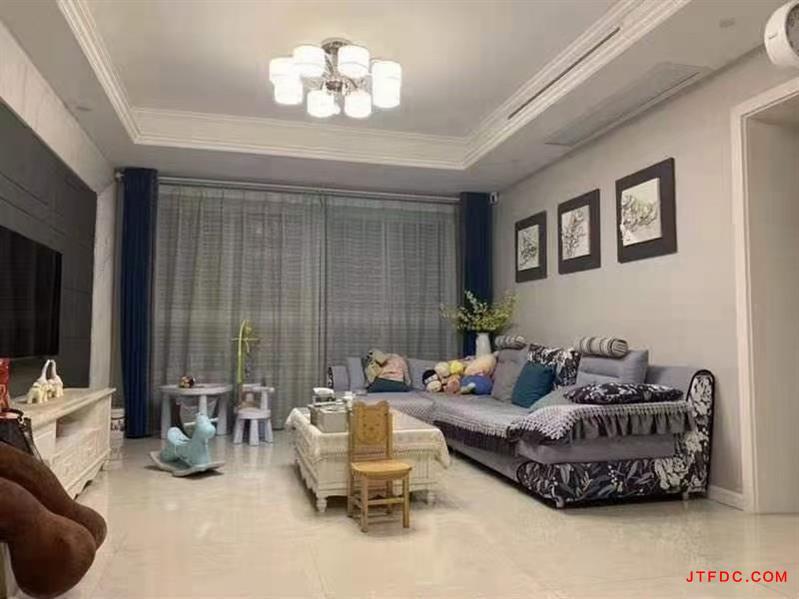 玫瑰园错层复式,电梯黄金楼层,127平,3室2厅2卫衣帽间书房,全屋