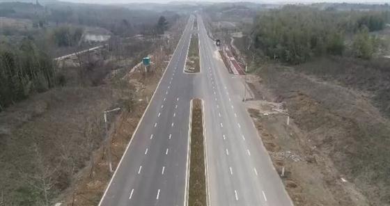 金坛这座跨扬溧高速大桥,正在全力推进建设中!